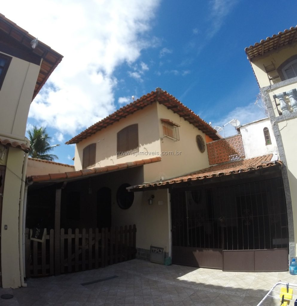 Casa Duplex 2 Quartos com 2 vagas