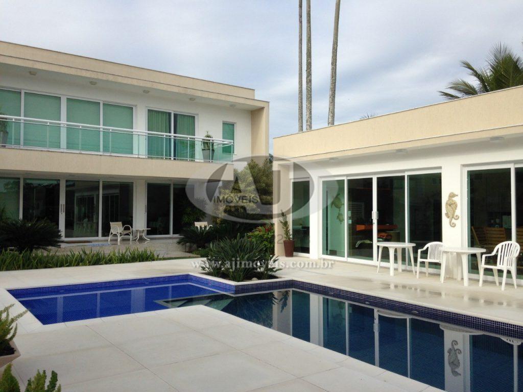VENDA – Casa beira mar 4 suítes Cabo Frio – 140