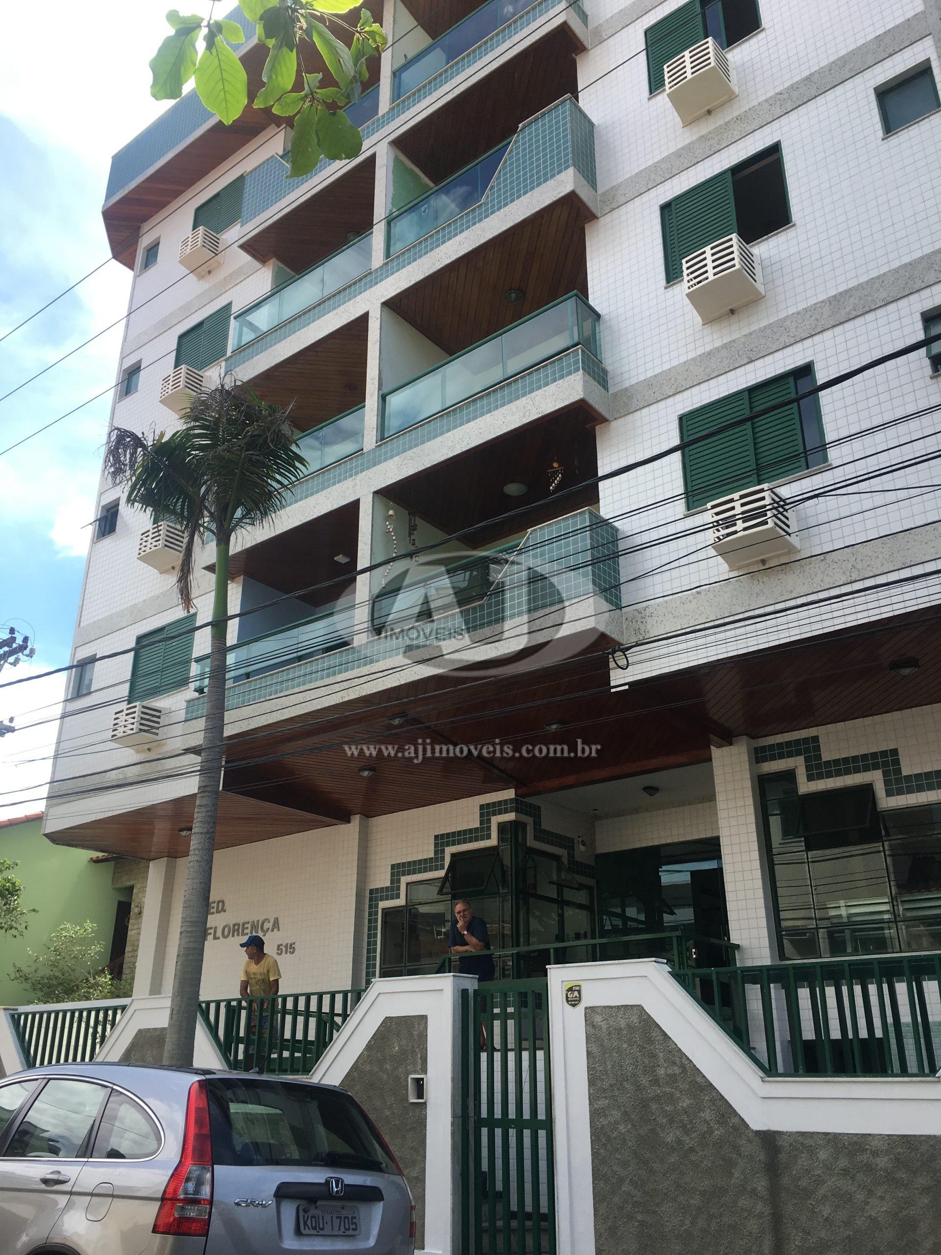 Apartamento 3 quartos no Centro – 010