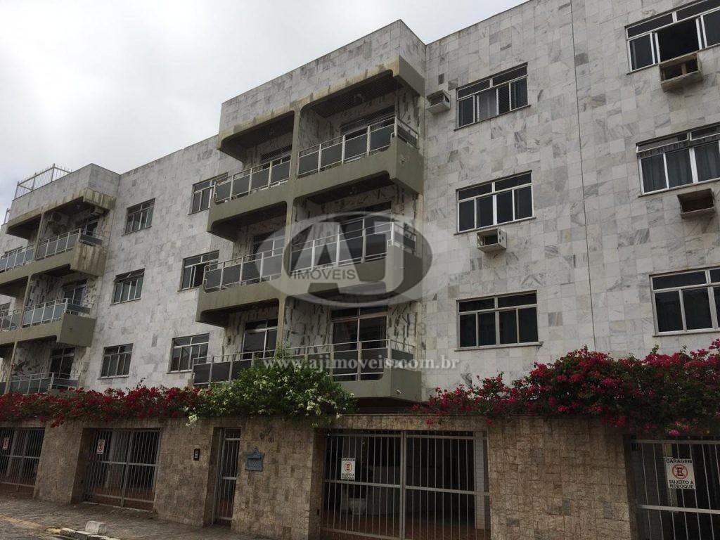 Apartamento 3 quartos – Centro/Praia – 112